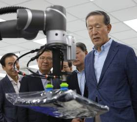 """허창수 GS 회장 """"아시아의 <!HS>실리콘밸리<!HE> 대만에서 배워라""""…美에 벤처캐피탈도 설립키로"""