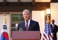 """美국무부 넘버2 된 비건···부장관 돼도 """"북핵 해결"""" 의지 피력"""