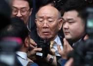"""전두환 몰락 앞당긴 """"성모욕행위""""···역대 정권 언론 수난史"""