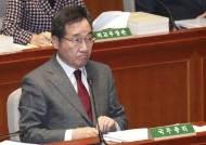 靑 인사라인 청문회 공포···힘 빠지는 이낙연 '조기 등판론'