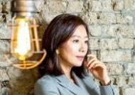 """[인터뷰⑤] """"피아노 학원도 등록"""" 김희애 밝힌 '행복 충만한 인생'"""