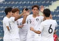 '오세훈 2골' 올림픽축구대표팀, 바레인 3-0 완파