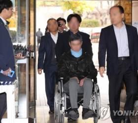 [미리보는 오늘] 구속 상태로 재판에 넘겨지는 '폐소공포증' 조국 동생