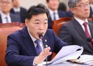'윤석열 뺀 수사팀 제안' 김오수, 그런 법무차관에 檢조사 착수