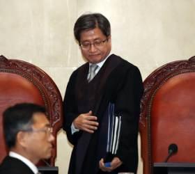 '이승만·박정희' 다큐 1표차 판결, 법관 임명권자 따라 갈렸다