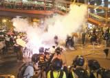 [여의도 인사이드] 민주화 운동했다는 86세대, 홍콩 시위엔 왜 침묵하죠?