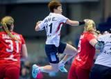 여자 핸드볼, 세계선수권 첫 승...거함 <!HS>프랑스<!HE> 격파