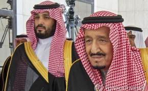 """""""美사악"""" 사우디 장교 총격···당황한 국왕, 트럼프에 전화 걸었다"""