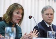 美, 北제재해제 결의안에 반격···中은행 겨냥 '웜비어법' 통과