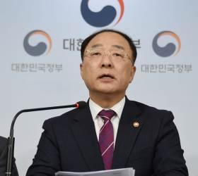[2020 <!HS>경제정책방향<!HE>]분배→성장···경기 반등 절박감이 '우클릭' 불렀다