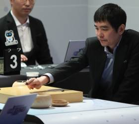 """""""중국산 AI보다 못하다"""" 이세돌은 왜 지고도 '한돌' 비판했나"""