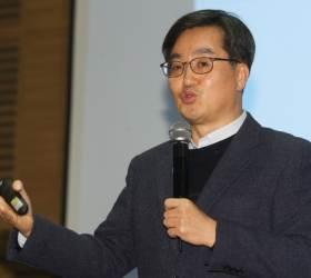 """<!HS>김동연<!HE> 전 부총리 """"가보지 않은 길 걸어보려 한다"""""""