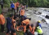 인도네시아서 버스 150m 아래로 <!HS>추락<!HE>…최소 25명 사망
