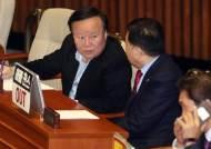 '비례한국당'에 민주당 '위성정당 금지법'도 검토하나