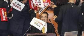 4+1 선거법 가결·공수처법 상정에···한국당 <!HS>필리버스터<!HE> 시작