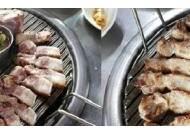 제주도 중문 흑돼지 맛집 '돈가득', 제주도 흑돼지의 쫄깃한 식감 전달