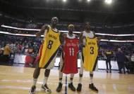 홀리데이 3형제, NBA 같은 경기 출전 진기록
