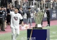 [IS 돋보기] 연봉 7억부터 빅리그 179승까지…2020 KBO 감독 열전