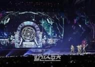 [포토] TXT '무대매너는 BTS'