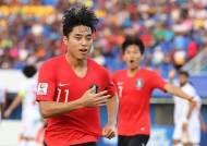 '이동준-조규성 연속포' 김학범호, 이란 꺾고 8강행