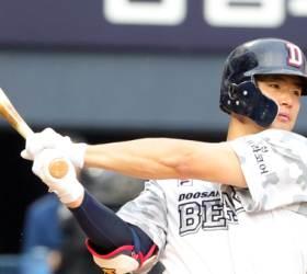 """김태형 감독 """"김재환 <!HS>MLB<!HE> 무산? 너무 급하지 않았나..."""""""