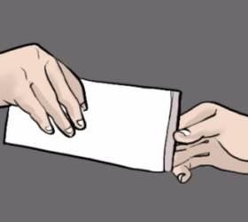 경찰 자녀 통장으로 입금된 299만원, 法 김영란법 위반 판단···조국 딸 장학금은