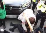 부산서 태극기집회 참가자 행진 중 교통사고…7명 부상