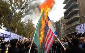 처음 이란에 핵 건넨 건 美전쟁없이 67년간 쌓인 증오 왜