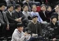 [포토]관중석에 앉은 감독들, 오늘은 즐긴다