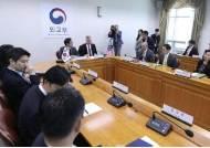 """與 한미 워킹그룹 때리기에···이수혁 """"남북교류 훼방꾼 아니다"""""""