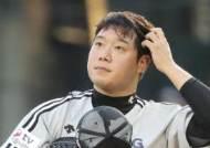 '음란물 유포 혐의' 류제국 前 LG 선수, 기소의견 검찰 송치