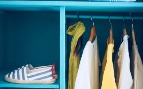 옷장의 탄소 발자국을 세어봐요…청바지를 찬물로 세탁해야 하는 이유