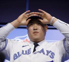 토론토 개막전 선발 류현진, <!HS>MLB<!HE>.com 13위로 지목
