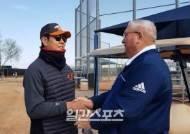 [AZ 라이브]정민철 단장, '비공식 영입 제안' SEA 스카우트와 다시 인연