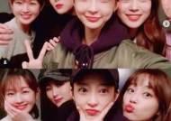 허영지, 박보람X자이언트핑크X혜린과 우정샷 '상큼 미소'