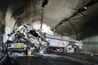 순천-완주 고속도 다중추돌, 2명 사망 39명 부상···유독가스도 샜다