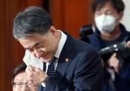 """""""감염학회, 中입국금지 추천 안했다"""" 박능후 거짓 증언 논란"""