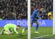 이탈리아 프로축구, 코로나19 여파로 연기
