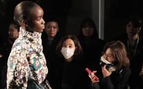 코로나19로 패션쇼 줄줄이 취소…아르마니·샤넬은 온라인 쇼 생중계
