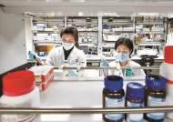 코로나19 치료제 임상시험 5건 승인…치료용 에이즈약 1.5만명분 보유