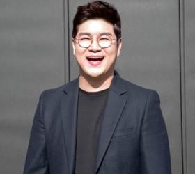 """박구윤 """"동갑 박현빈 뜰 때 난 어머니교실 7000곳 뛰었다"""""""
