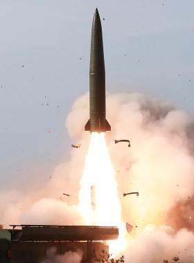 """[<!HS>이철재의<!HE> <!HS>밀담<!HE>] """"비핵화 협상때도 은밀히 제작""""···베일 벗은 北전술무기 4종"""