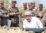 김정은 포사격 지휘, SLBM 징후…총선 앞두고 심상찮은 北