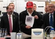 """""""맹물도 양성 나오는 오염키트 제조"""" 코로나 실패 美CDC의 굴욕"""
