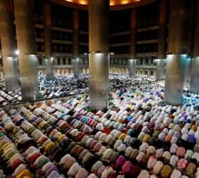 코로나 사태 속 이슬람 최대 행사 라마단 24일부터 시작