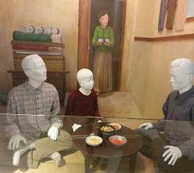 """<!HS>박정희<!HE>기념관 흉기난동…""""고문 피해자"""" 주장 70대 집유"""