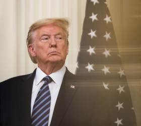 """트럼프의 코로나 복수 """"中 벌주는 방법 많다, 관세부과 검토"""""""