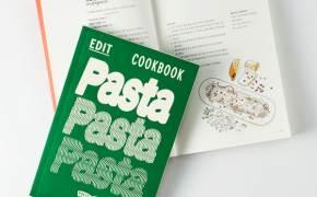 온라인에 레시피 수두룩한데…굳이 이 요리책이 갖고 싶은 이유