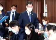 """김연철 """"북한 코로나 지원, 대북 제재가 걸림돌 안 돼"""""""