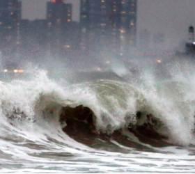 점점 강해지는 <!HS>태풍<!HE>의 위력…'초강력' 등급까지 생긴다